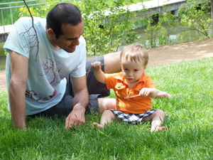 play with toddler to develop language